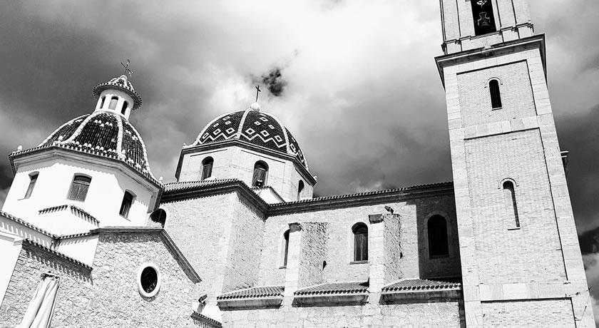 Altea – Church Square