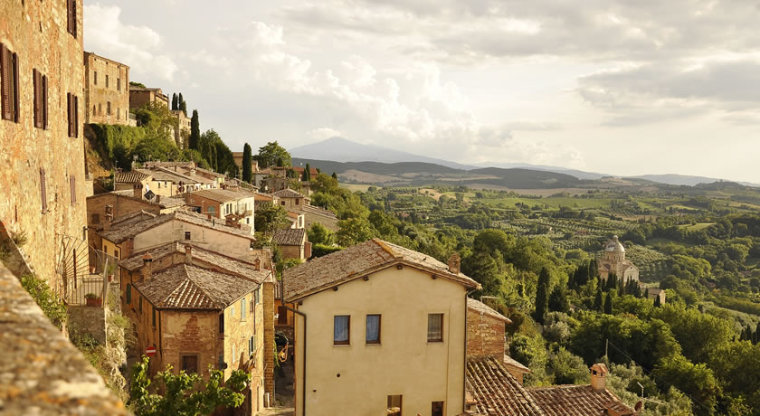 Tuscany – Enjoy the views from Tuscany's hilltop towns