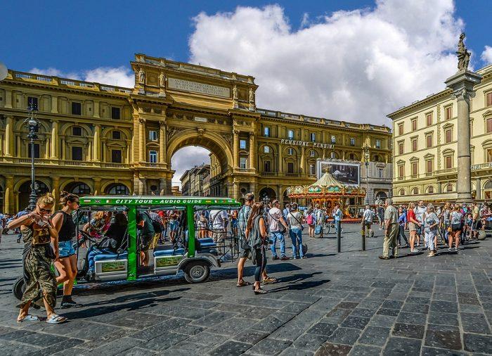 Piazza della Repubblica-Tuscany