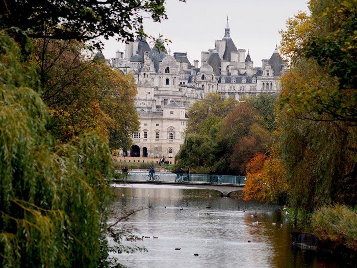 St James Park-London